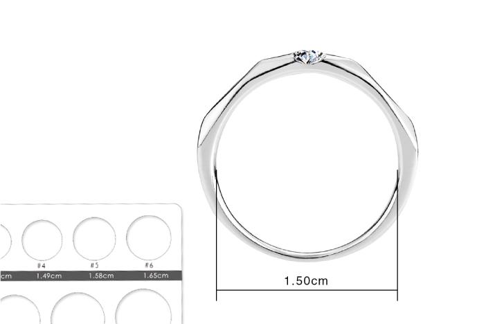 IR量測戒指內圈並比對戒圍卡,找出最適合自己的戒指尺寸。